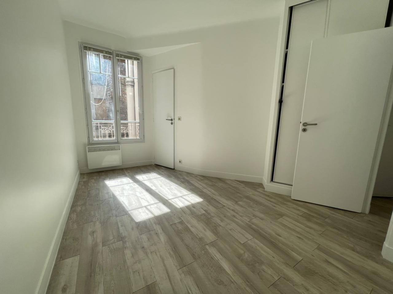 Appartement Paris 2 pièce(s) 31.1 m2